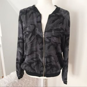 American Eagle Outfitters Lightweight Camo Bomber